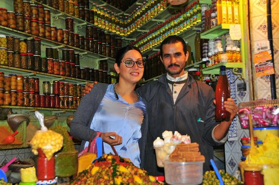 Les Ateliers Lalla Fatima: Fatima and the owner of an olive shop