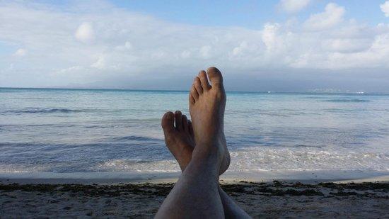 Canella Beach Hotel-Restaurant: les pieds dans l'eau