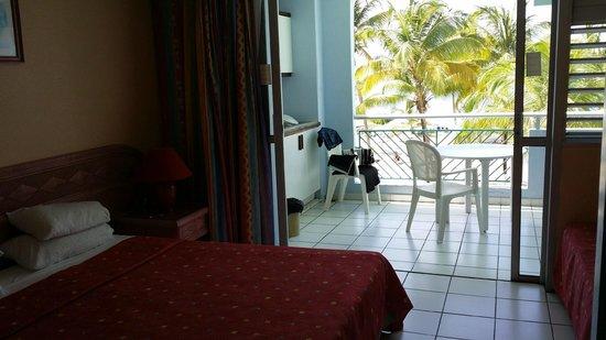 Canella Beach Hotel-Restaurant : avec son balcon