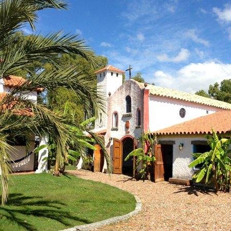 Estancia Pinos de la Quebrada : Rooms (pool area)