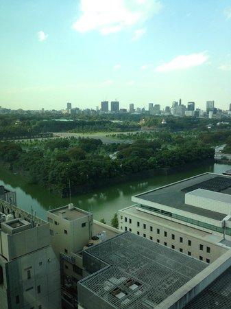 The Peninsula Tokyo: 今回は皇居側を選択しました。緑が多くてよかったです