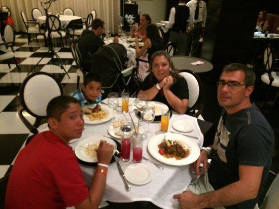 Barcelo Bavaro Palace: buena comida