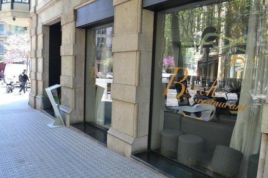 Bench restaurant: Exterior del restaurante