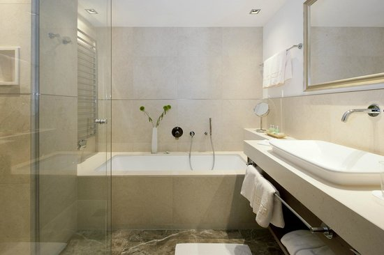 Hotel Haldenhof: Bath