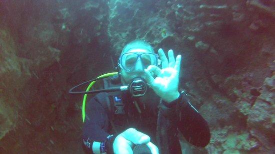 Atlantis Diving Lanzarote: Selfie @ 26m