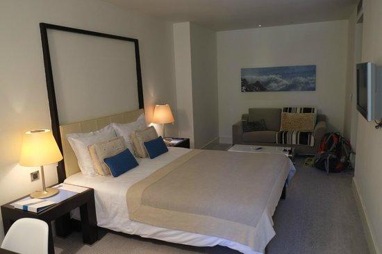 Amfora Hvar Grand Beach Resort: Modern looking bedroom