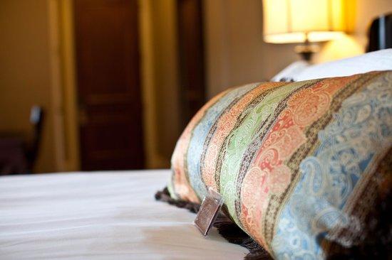 Bleckley Inn : Luxurious Bedding