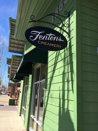 Fenton's Creamery: The VACAVILLE restaurant