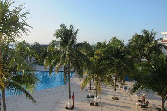 Beachscape Kin Ha Villas & Suites: piscine