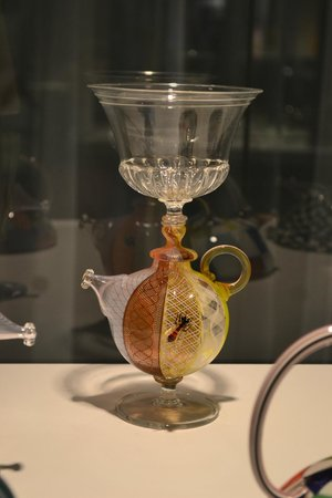 Corning Museum of Glass: Copones