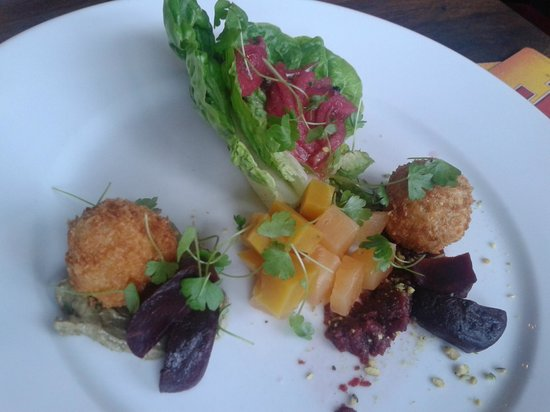Riverview Restaurant: Beetroot Salad, chickpea fritters, and avocado cream