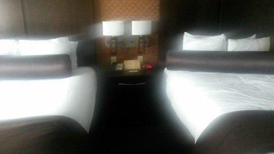 Spirit Mountain Casino Lodge: Deluxe 2 Queen room
