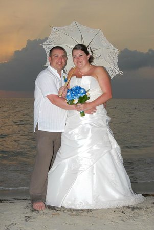 Sunset at the Palms : Our Wedding
