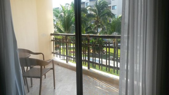 Dreams Riviera Cancun Resort & Spa: our balcony
