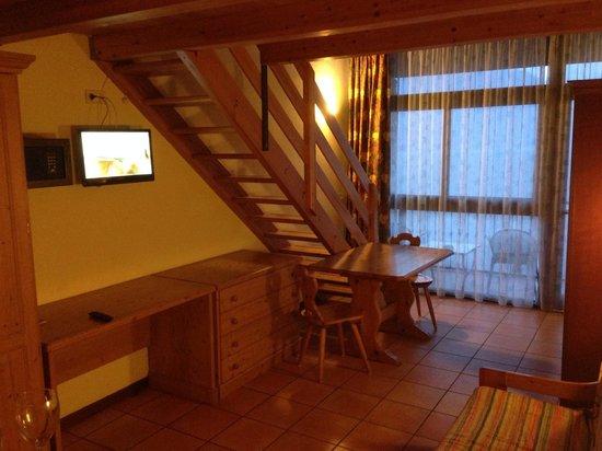 Centro Vacanze La Limonaia: Die Treppe führt auf die Schlafetage