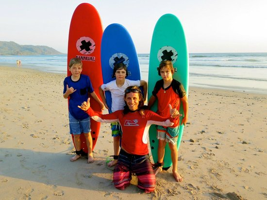 Adrenalina Kite & Surf Camp: Sunset surf lesson