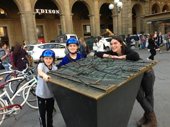 Italy Cruiser Bike Tours: Looking over the Florence City map with Valentina