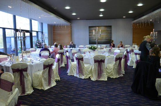 Clandeboye Lodge Hotel: Viceroy suite dressed for our reception