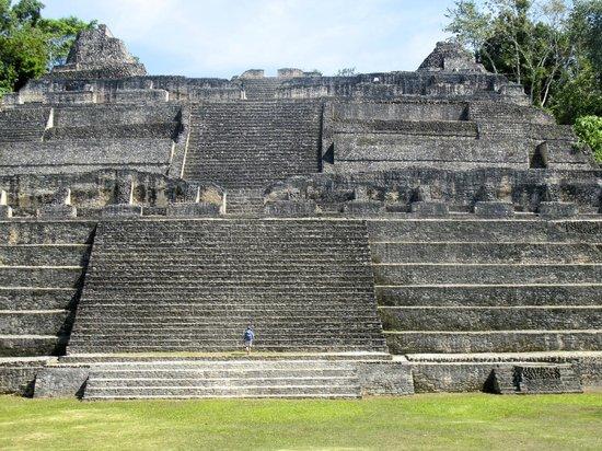 Mystic River Resort: Caracol Mayan Ruins