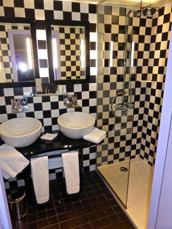 Hotel Original Paris : Bathroom
