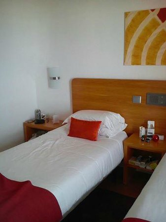 Alcazar Hotel & SPA: lots of room for my things