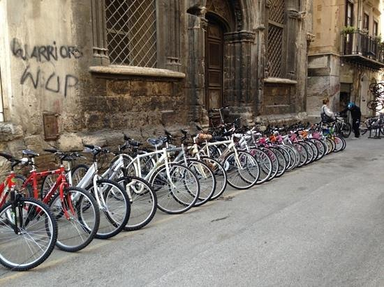 La via delle biciclette: the street of bicycles