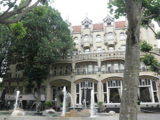 Hampshire Hotel - Amsterdam American: クラシックなホテルの外観