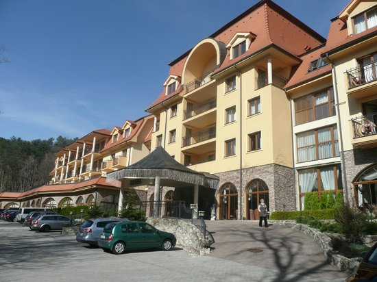 Bojnice, Slovaquie : Front of the spa hotel Lysec