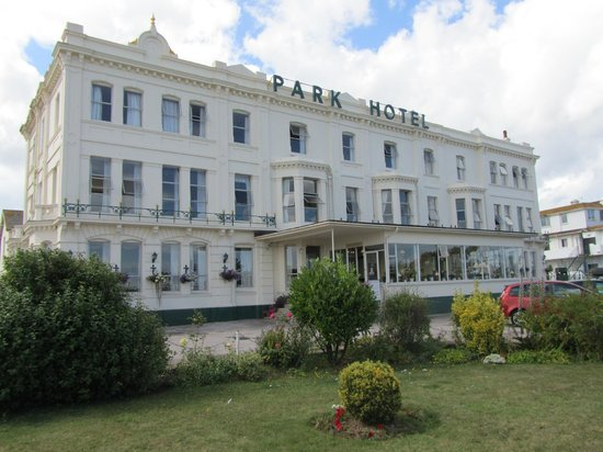 Park Hotel: Restoration and Repainting Works