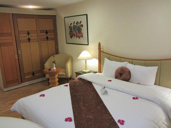 Golden Sun Villa Hotel: Double room