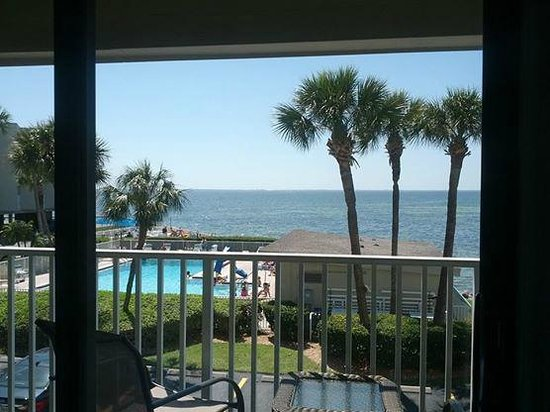 Sailport Waterfront Suites : View from the deck