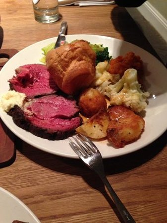 The Cowshed : Roast Beef Dinner