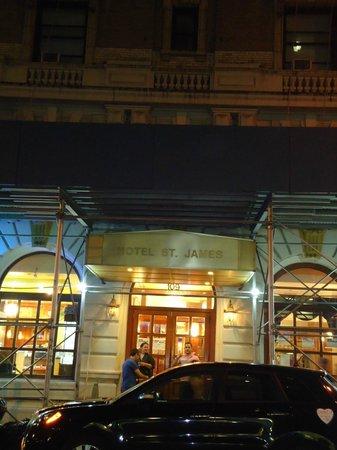 Hotel St. James : Fachada