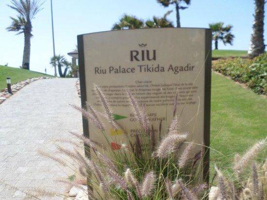 Hotel Riu Palace Tikida Agadir : Bewaakte uitgang direct naar de promenade