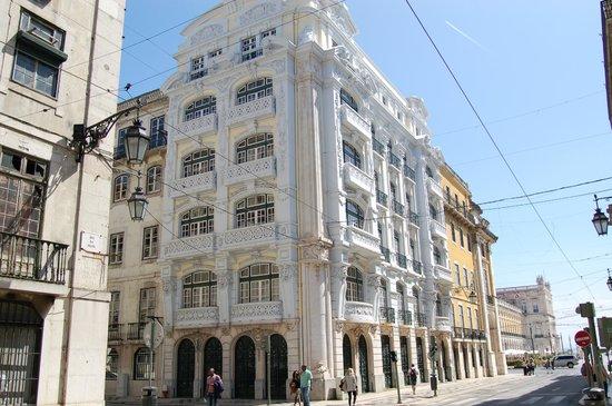 Palacio Ramalhete : Proche centre ville historique