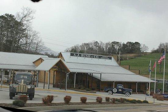 Bush's Beans Visitor Center: Exterior