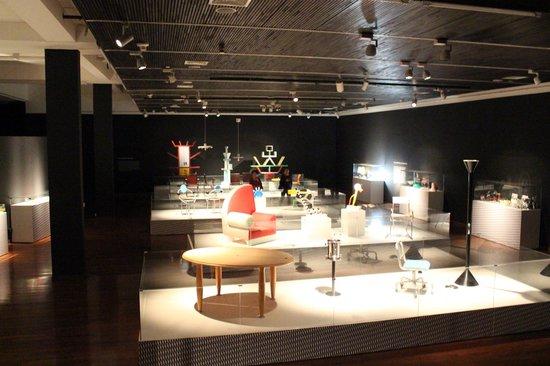 Centro Cultural Metropolitano Gabriela Mistral: exhibition Memphis