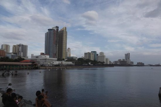 Manila Bay: Manila Harbour