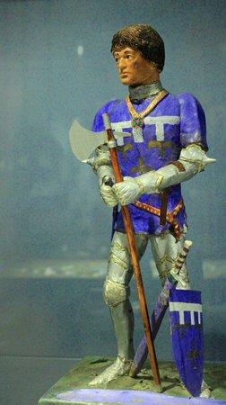 Centre Historique Medieval - Azincourt : Action Man Axeman