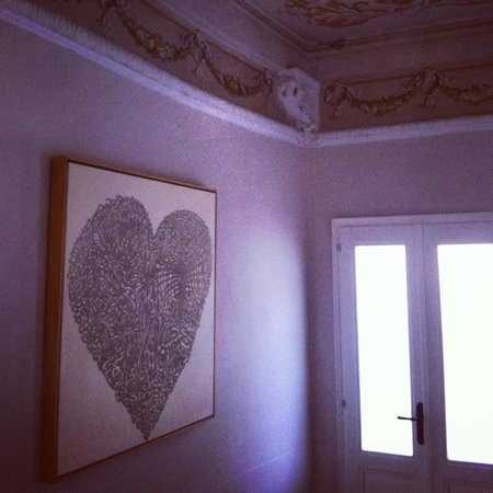 Guesthouse Arosio B&B: Old World & Art At Every Corner
