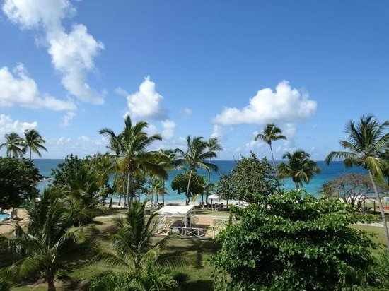Bluebeard's Beach Club and Villas: View from our top-level room, building D