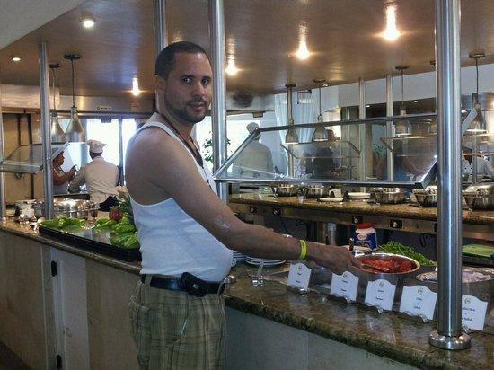 Cofresi Palm Beach & Spa Resort : DISFRUTANDO DE LA BUENA COMIDA DEL HOTEL.