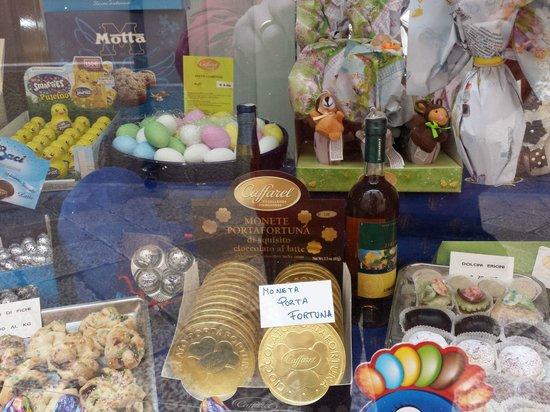 Pasticceria Colicchia: la vetrina