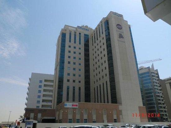 Citymax Al Barsha: Aussen Ansicht vom Hotel