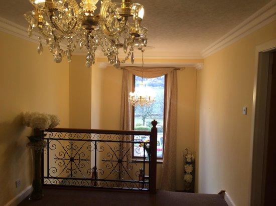 Westcourt Bed & Breakfast: hallway