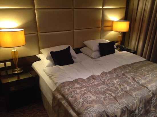 Hotel Kings Court: Notre chambre