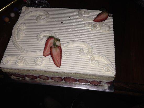 Parker-Lusseau Pastries: Frasier Cake... yum!