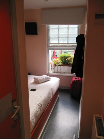 easyHotel Paddington London: stanza / bedroom