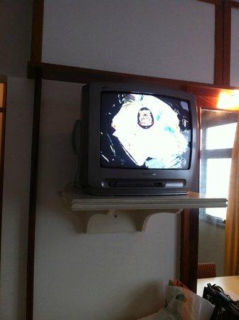 Braston Augusta : TV de tubo, sem tv a cabo.