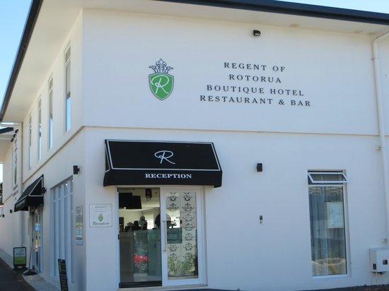 Regent of Rotorua: Entry